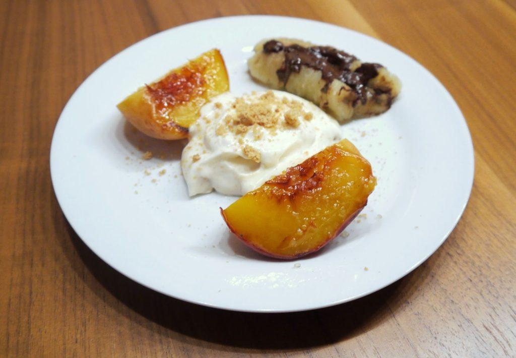Gegrilltes Obst mit Amarettini-Creme   Rezept   Dessert   Grillen