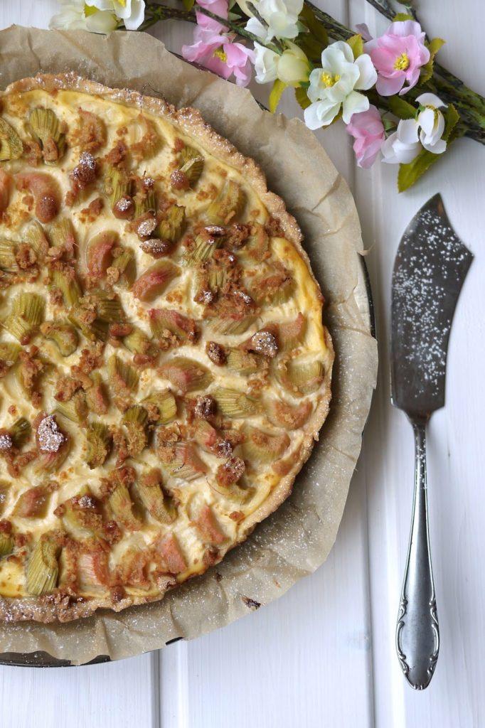 Experimente aus meiner Küche: Rhabarber-Pudding-Tarte mit Amarettini