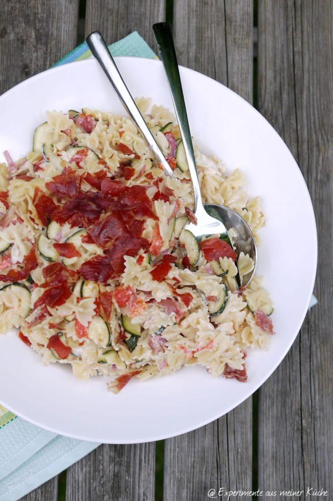 Experimente aus meiner Küche: Nudelsalat mit ofengeröstetem Gemüse und Serrano