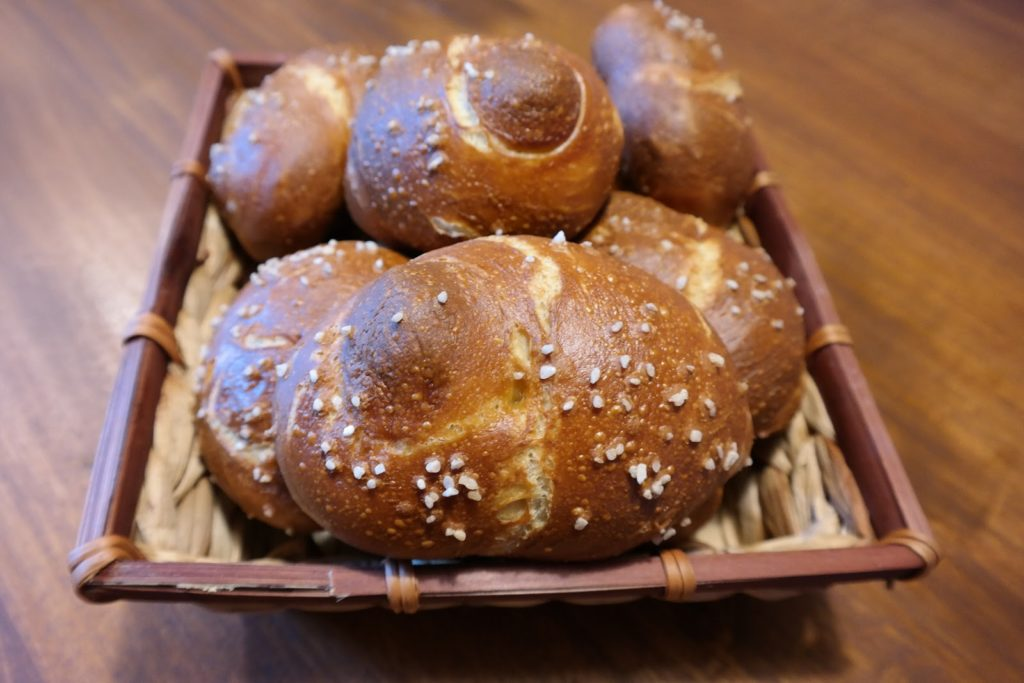Experimente aus meiner Küche: Bread Baking (Fri)day: Laugenweckle