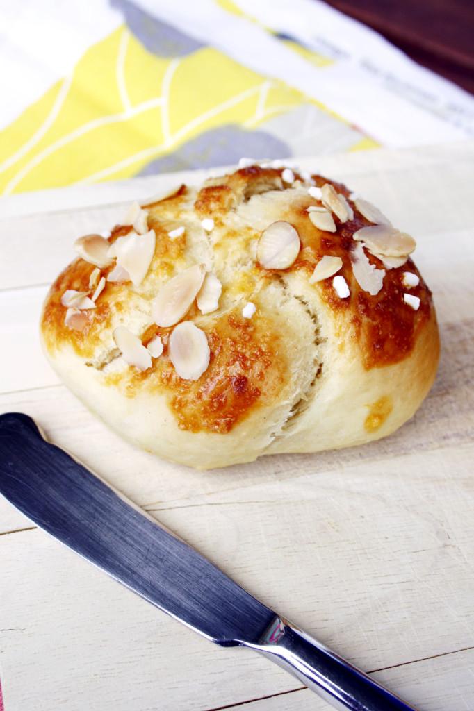 Experimente aus meiner Küche: Hefeknoten #breadbakingfriday