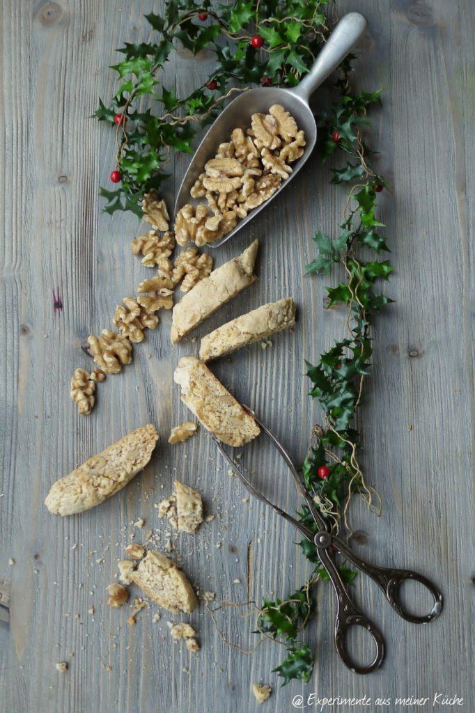 Experimente aus meiner Küche: Walnuss-Cantuccini