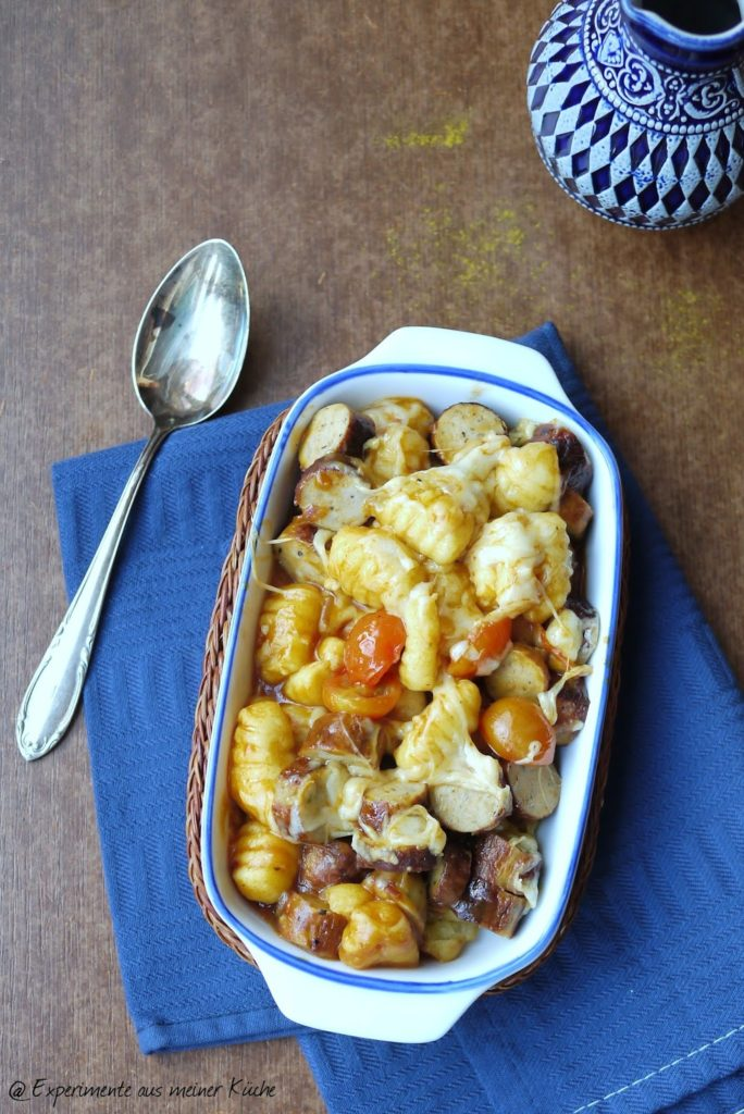 Experimente aus meiner Küche: Currywurst-Gnocchi-Auflauf