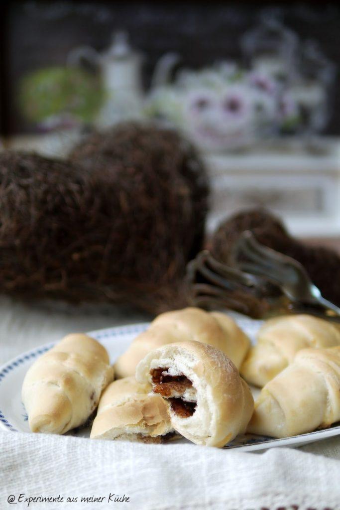 Experimente aus meiner Küche: Gefüllte Butterhörnchen