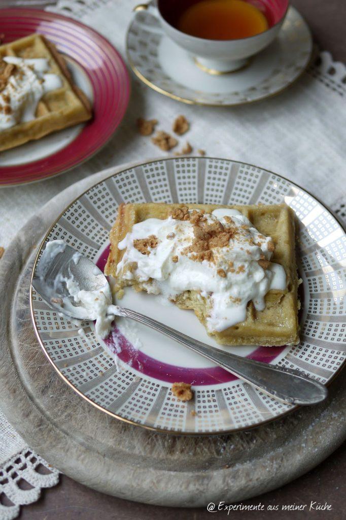 Experimente aus meiner Küche: Apfelstrudel-Tee-Waffeln