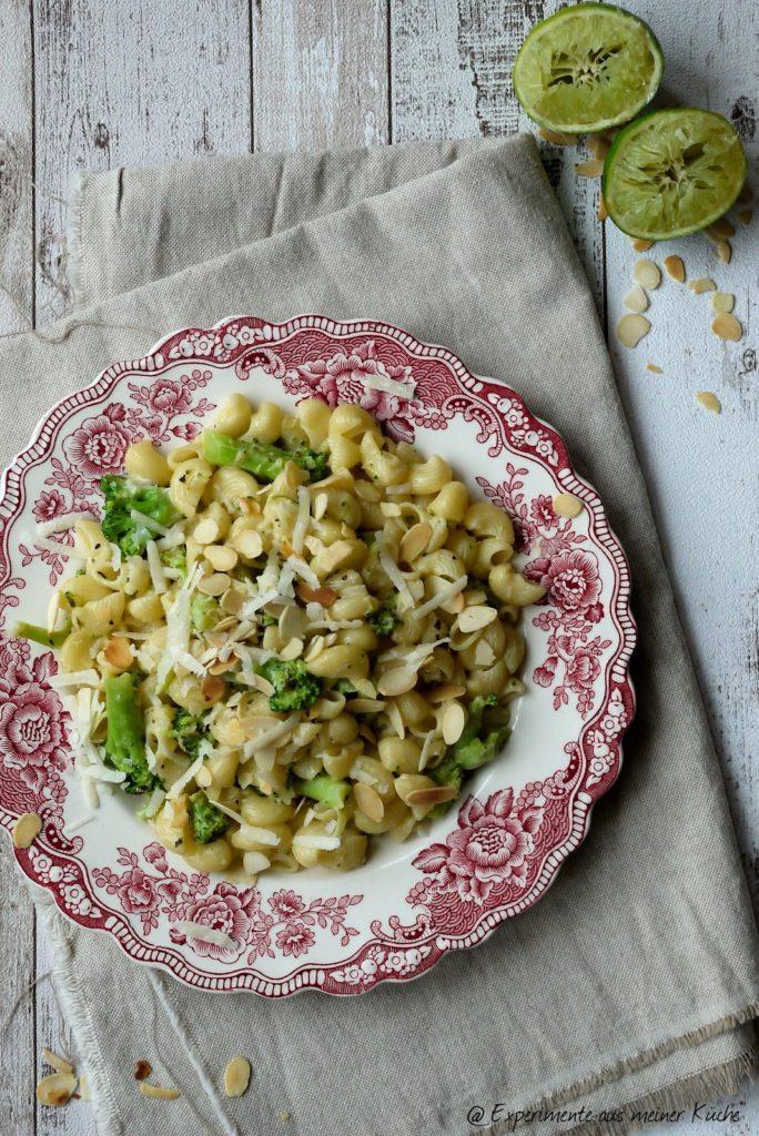Experimente aus meiner Küche: Brokkoli-Limetten-Pasta