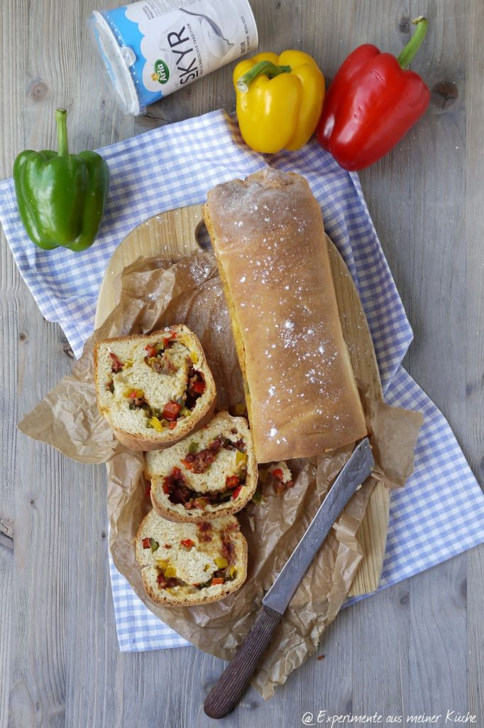 Experimente aus meiner Küche: Skyr-Gemüse-Brot