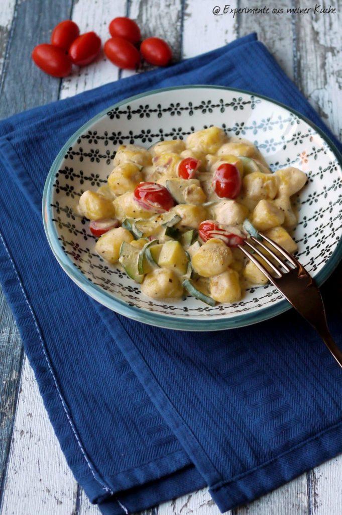 Experimente aus meiner Küche: Gnocchi-Zucchini-Pfanne