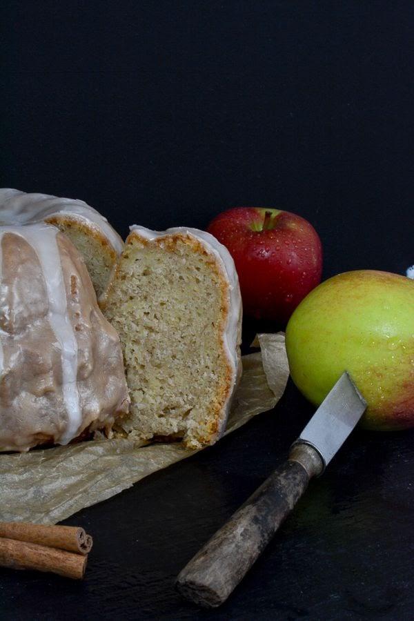Experimente aus meiner Küche: Apfel-Zimt-Gugelhupf von Der Kuchenbäcker