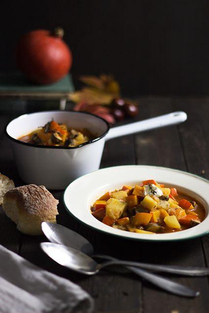 Experimente aus meiner Küche: Kürbis-Kartoffel-Gulasch von Holunderweg 18