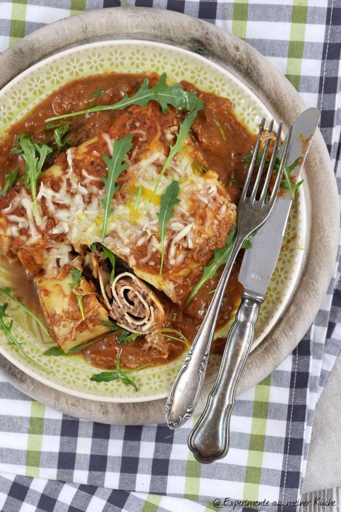Experimente aus meiner Küche: Überbackene Lasagne-Rollen