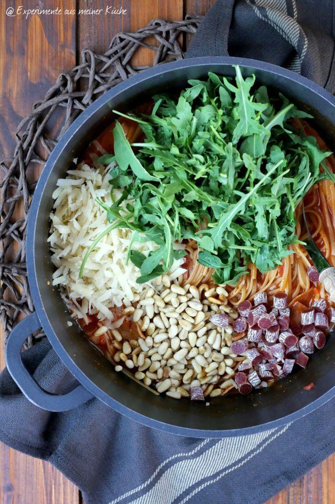 One Pot Salami-Pasta | Rezept | Nudeln | Kochen