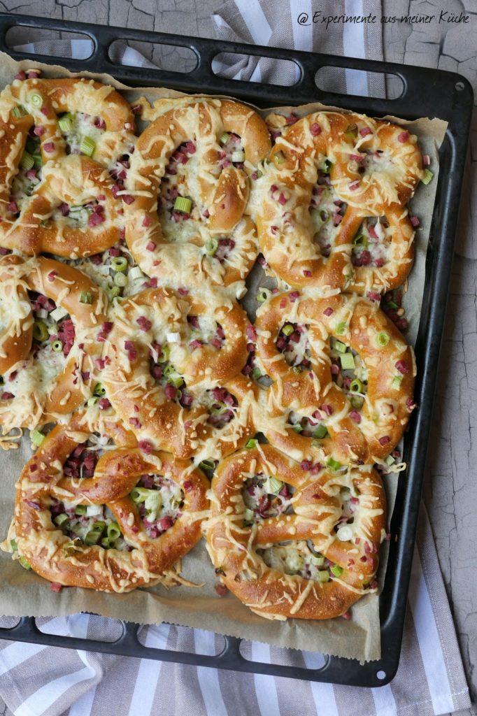 Überbackene Brezeln | Rezept | Essen | Party | Fingerfood | Flammkuchen-Brezeln
