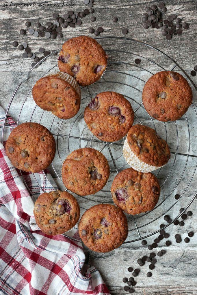 Schoko-Kirsch-Muffins mit Mandeln   Rezept   Backen   Essen   Muffins