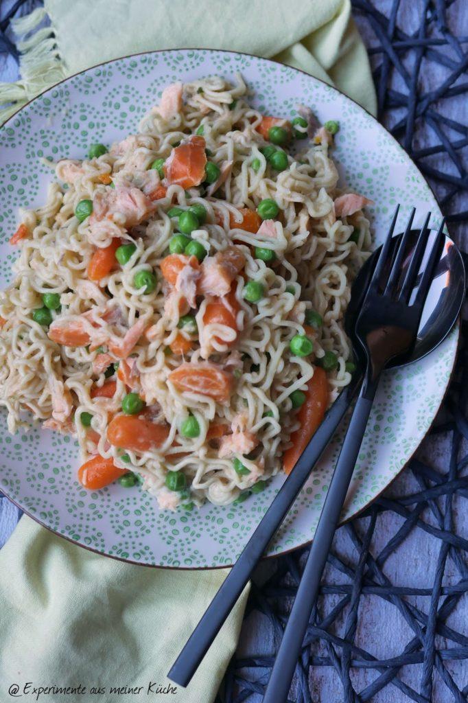 Mie-Nudelpfanne mit Lachs | Rezept | Kochen | Essen | Weight Watchers