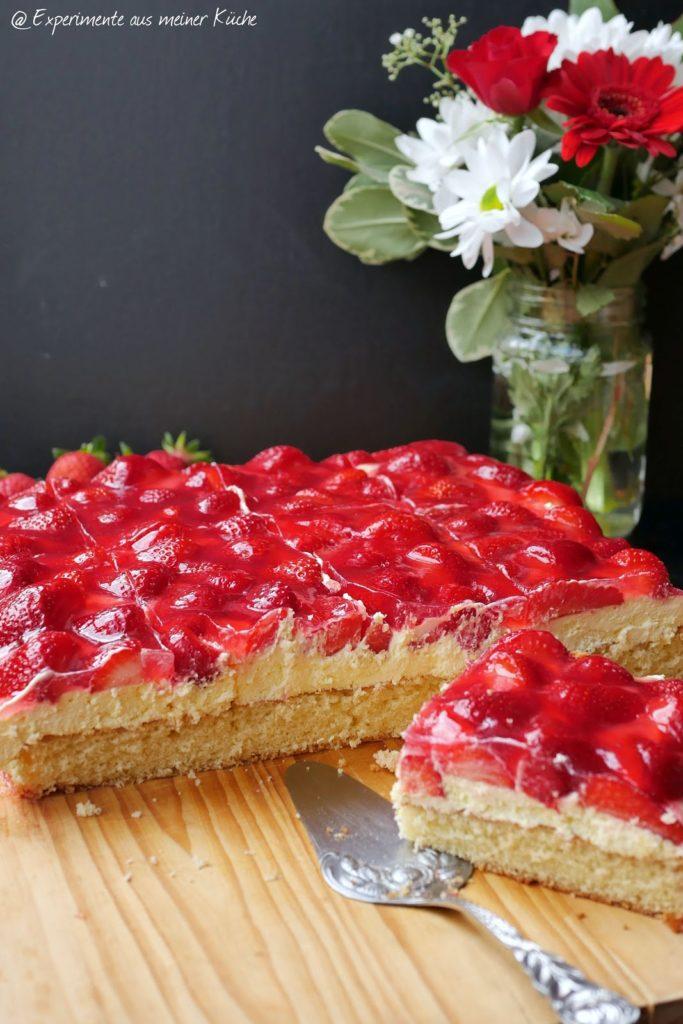 Erdbeerkuchen mit Vanillecreme | Rezept | Backen | Kuchen | Essen