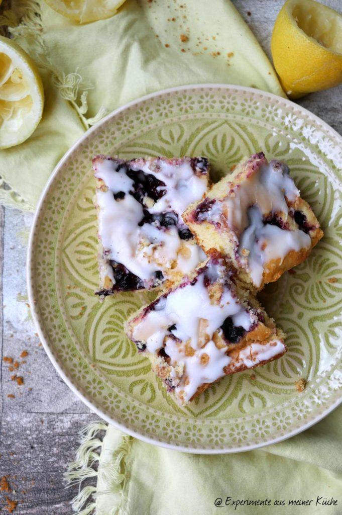 Zitronen-Blaubeer-Kuchen | Backen | Rezept | Blechkuchen