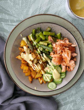 Bunte Kartoffel-Bowl | Rezept | Kochen | Essen | Weight Watchers | Spargel | Lachs