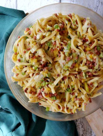 Spätzle-Lauch-Salat | Rezept | Essen | Kochen | Party | Grillen