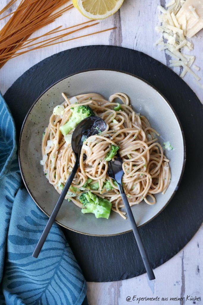 Spaghetti mit Brokkoli-Lauch-Soße | Rezept | Kochen | Essen | Weigt Watchers