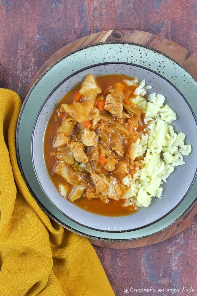Putengulasch mit Spitzkohl | Rezept | Kochen | Essen | Weight Watchers