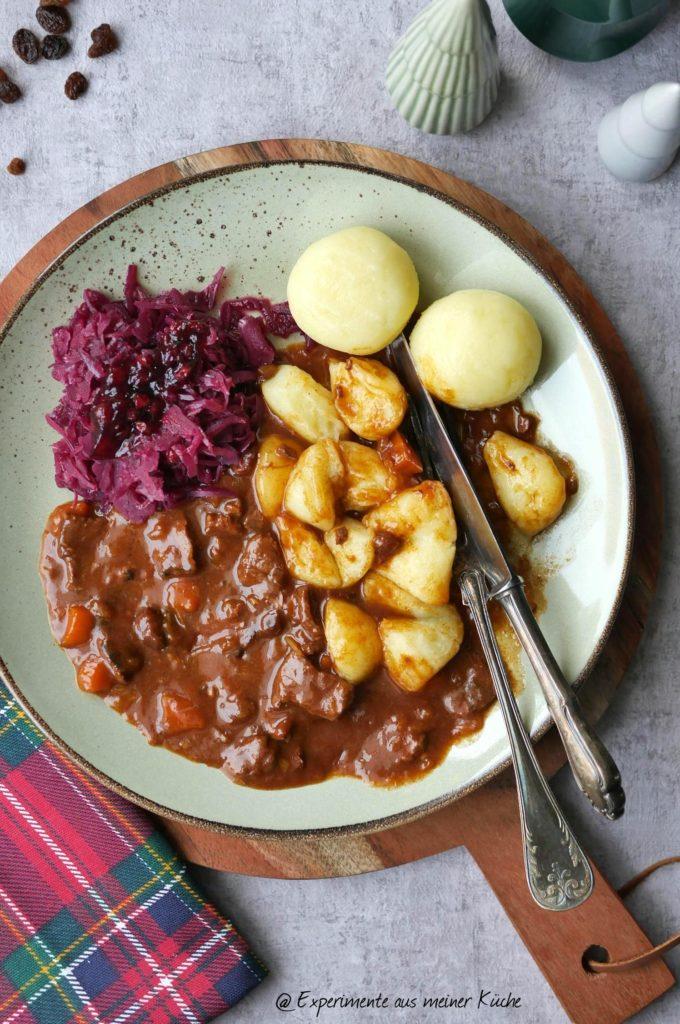 Lebkuchen-Rouladengulasch | Rezept | Kochen | Essen | Weihnachten