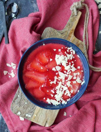 Cheesecake-Bowl mit Erdbeeren | Rezept | Dessert | Kuchen | Weight Watchers