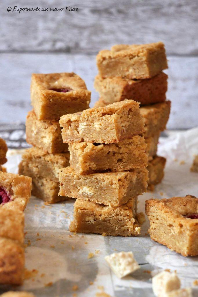 Blondies mit Himbeeren | Rezept | Kuchen | Backen | Essen