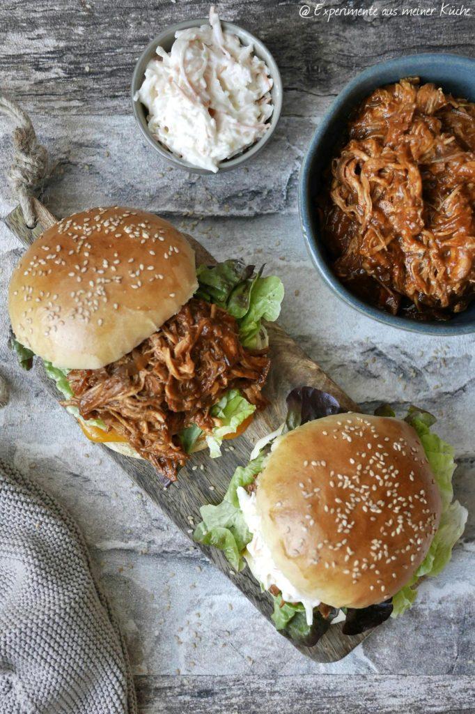 Brioche Burger Buns | Rezept | Backen | Hefeteig | Brötchen | Pulled Chicken Burger