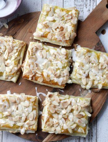 Blätterteig-Marzipan-Taschen | Rezept | Backen | Gebäck | Schnell